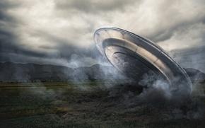 Picture spaceship, UFO, alien intelligence, plane crash