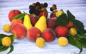 Picture fruit, peaches, pear, BlackBerry, plum