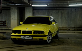 Picture yellow, BMW, Parking, E34