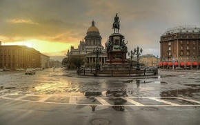 Picture sunset, Saint Petersburg, after the rain