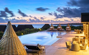Picture the ocean, Villa, the evening, pool