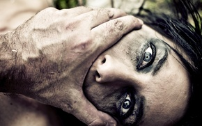 Picture woman, eyes, fear, gender violence