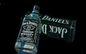 Picture box, bottle, jack daniels