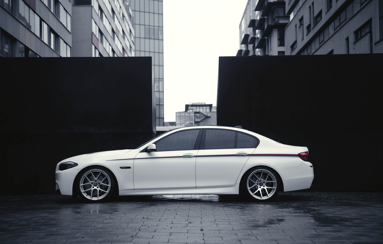 Photo wallpaper BMW, White, BMW, Drives, F10, Side, Overcast, Deep Concave