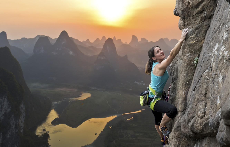 Photo wallpaper woman, mountain, climbing