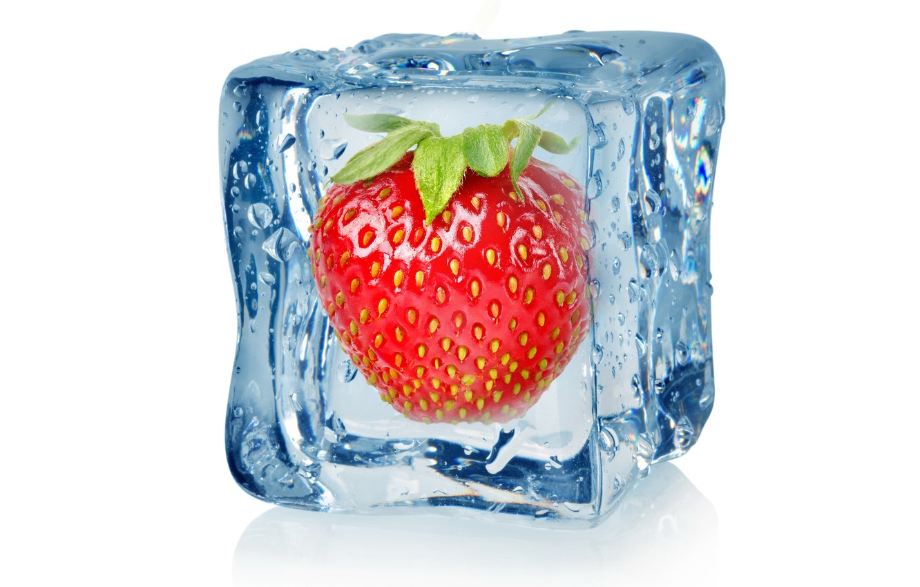 Photo wallpaper ice, droplets, strawberry, berry