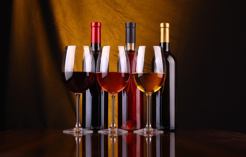 Photo wallpaper quality, variety, wine glasses, wine bottles