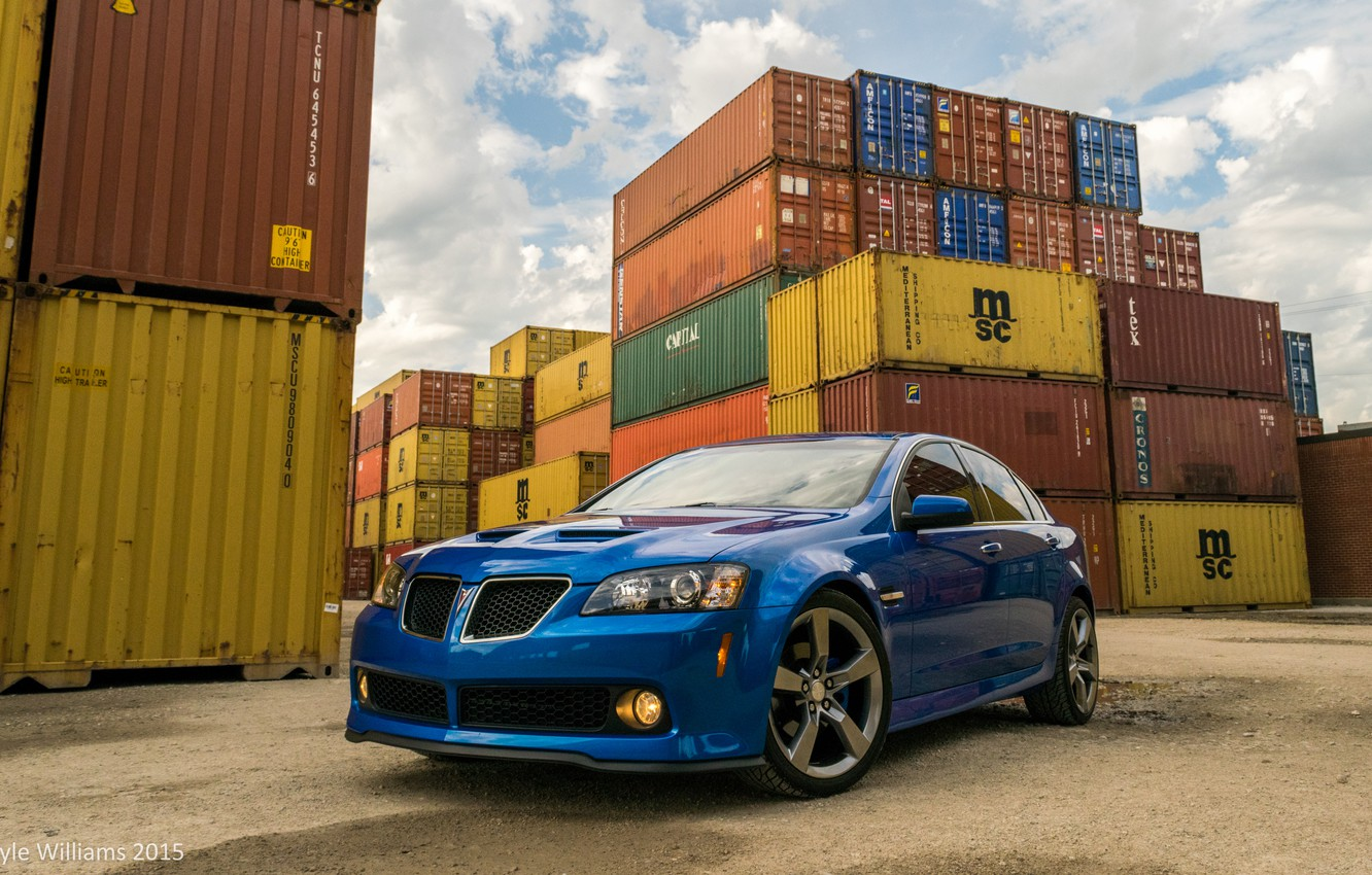 Photo wallpaper Pontiac, containers