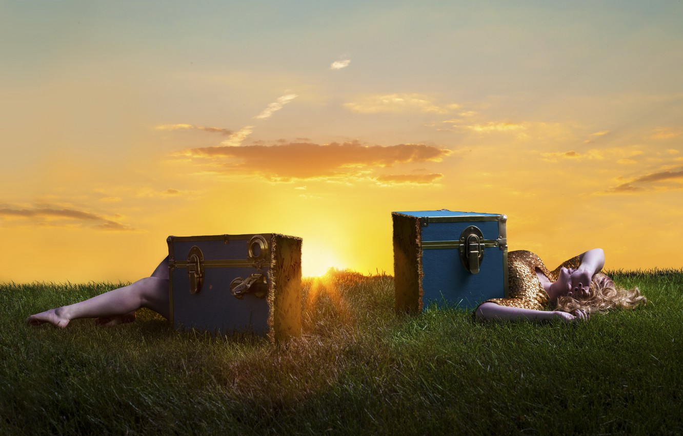 Photo wallpaper girl, sunset, the situation, box