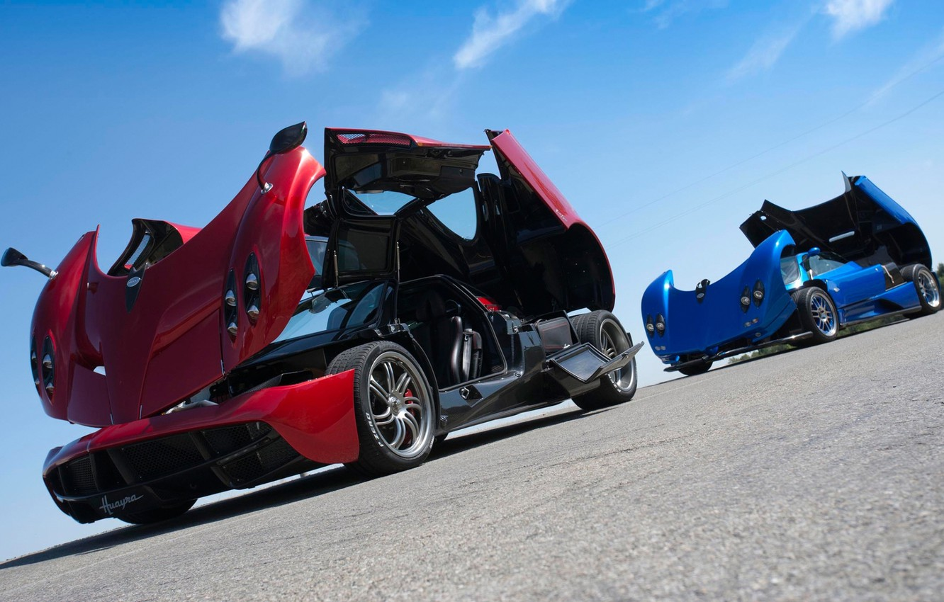 Photo wallpaper the sky, blue, red, Pagani, Zonda, the front, supercars, Pagani, Probe, To huayr, Wire