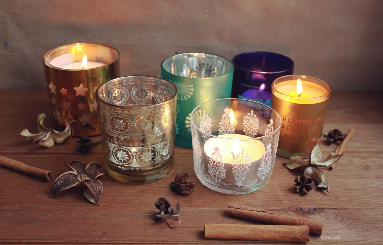 Photo wallpaper patterns, candles, cinnamon