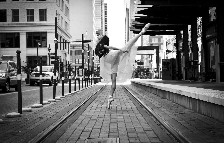 Photo wallpaper girl, street, dance, ballerina