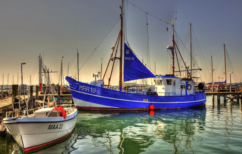 Photo wallpaper the sky, the city, boat, Marina, home, yacht, pier, port, mast, Germany, musholm