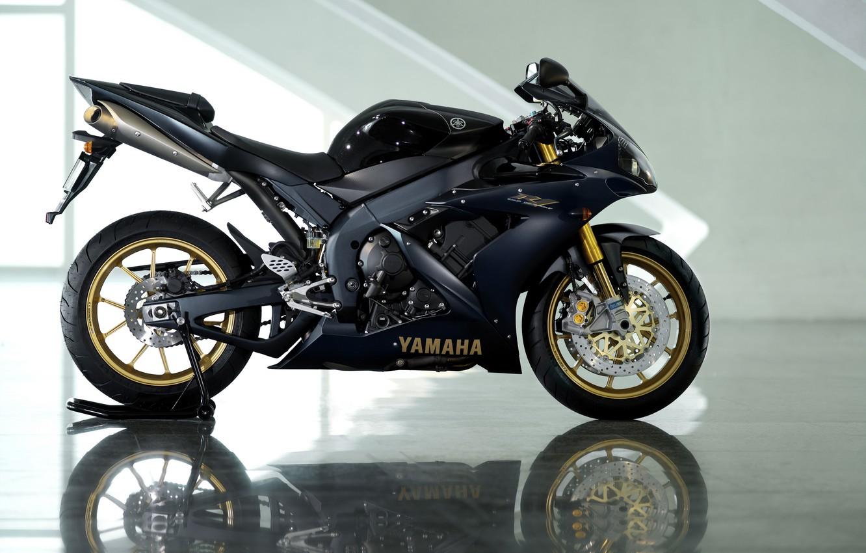 Photo wallpaper reflection, black, motorcycle, Yamaha, black, Yamaha, YZF-R1