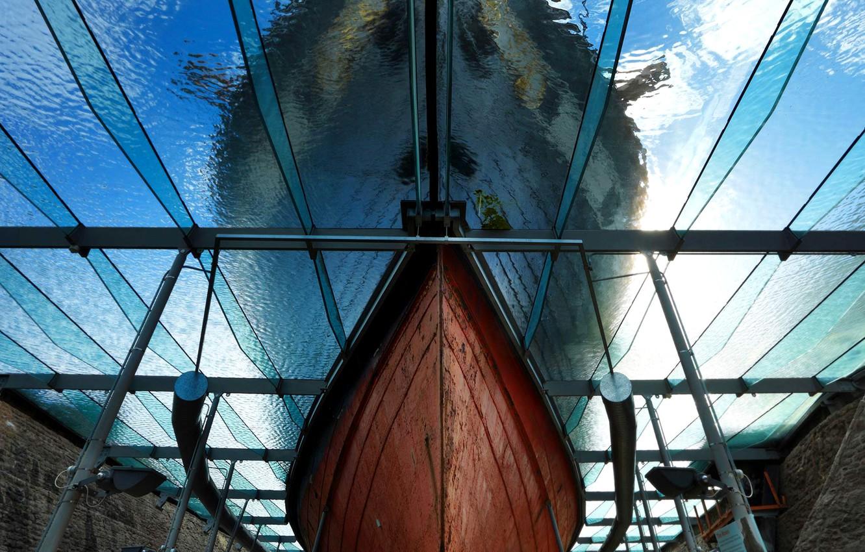 Photo wallpaper ship, England, nose, Bristol