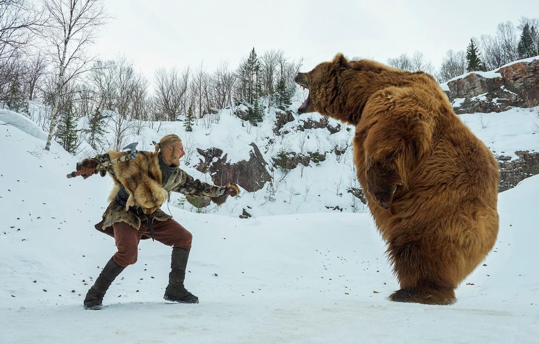 Photo wallpaper winter, bear, the fight, Vikings, The Vikings, Alexander Ludwig, Bjorn