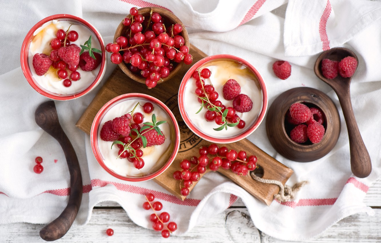 Photo wallpaper berries, raspberry, Board, dessert, currants, napkin, spoon, yogurt, Anna Verdina