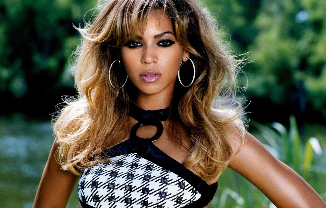 Photo wallpaper nature, hair, earrings, blur, actress, singer, Beyonce, Beyonce