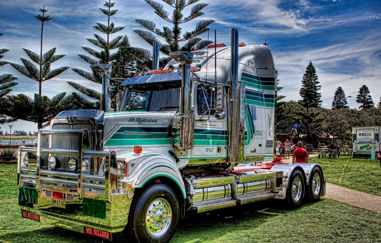 Photo wallpaper grass, trees, Park, lawn, USA, usa, truck, tractor, American tractor, western star