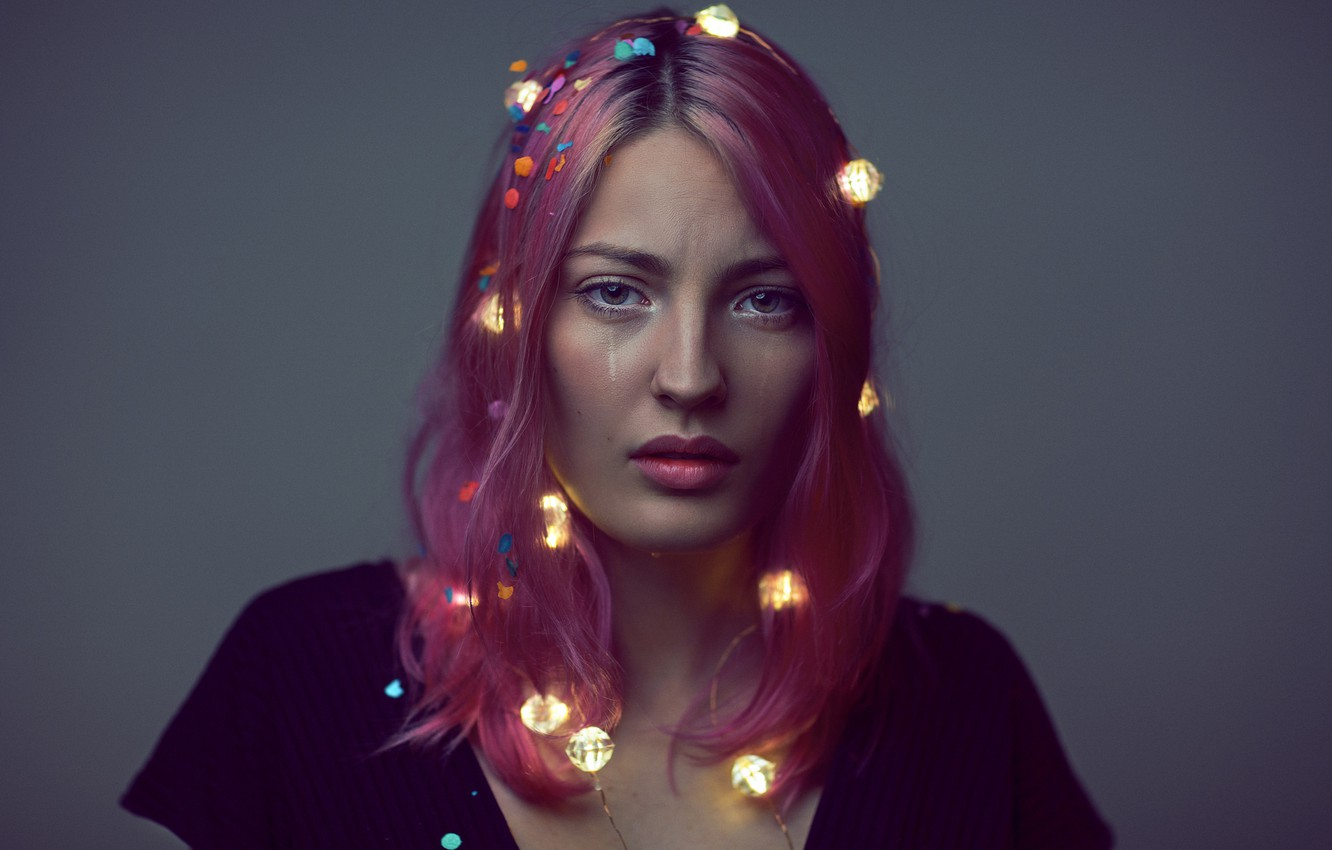 Photo wallpaper look, girl, face, lights, background, hair, color, garland