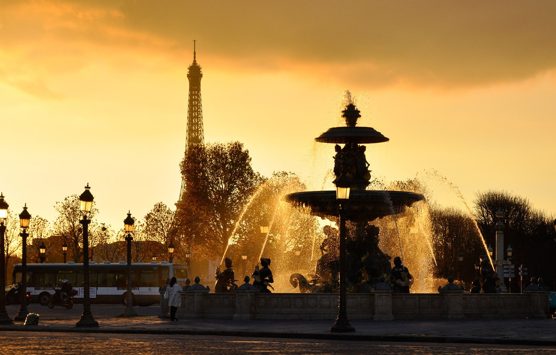 Photo wallpaper Eiffel tower, france, WATER, The SKY, DROPS, SQUIRT, SUNSET, LIGHTS, FOUNTAIN, JET, PARIS, FRANCE, PARIS