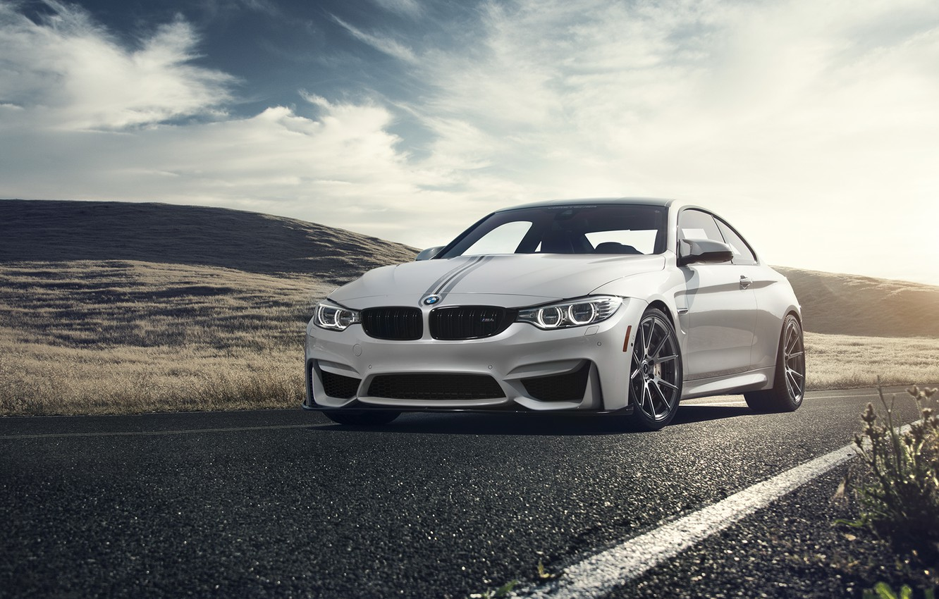 Photo wallpaper BMW, Front, Vorsteiner, White, Forged, Wheels, F82, Flow, V-FF, 106