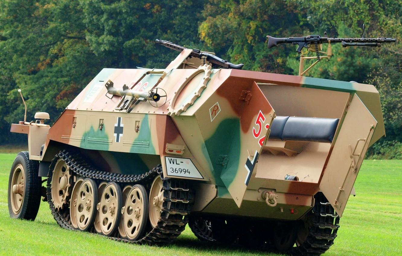 Photo wallpaper war, guns, average, APC, period, Special motor vehicle, world, Second, German, half-track, Sd Kfz 251