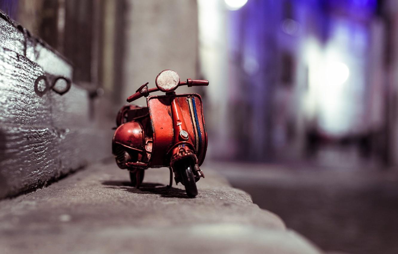 Photo wallpaper macro, night, street, model, toy, moped, border, shooting, toy, photo, photographer, miniature, scooter, model, Vespa, …