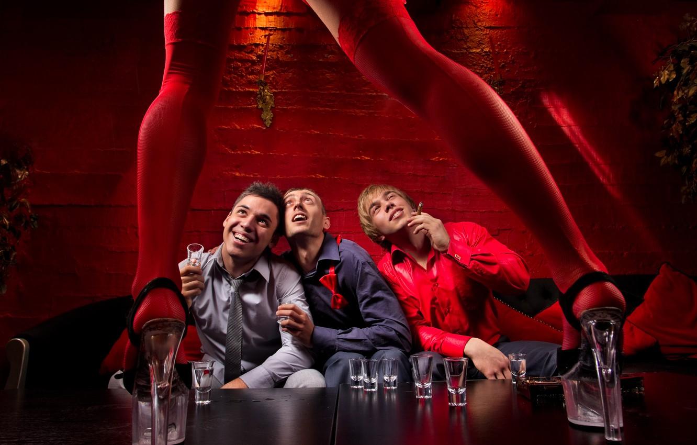Photo wallpaper legs, bar, men, looks, stripper