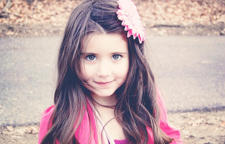 Photo wallpaper flower, look, children, face, smile, background, pink, Wallpaper, mood, hair, brunette, girl, decoration, different, widescreen, …