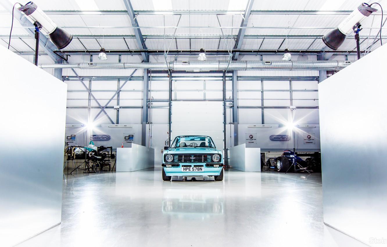 Photo wallpaper machine, Ford, garage, Formula 1, Escort, Ford Escort Mk2, SkyBlue