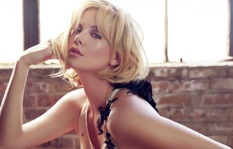 Photo wallpaper actress, Charlize Theron, window, Charlize theron