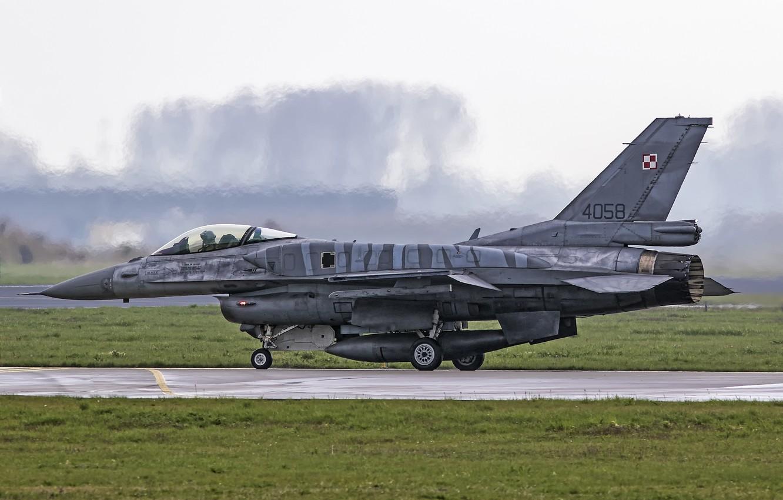 Photo wallpaper the airfield, Fighting Falcon, F-16C, Lockheed Martin