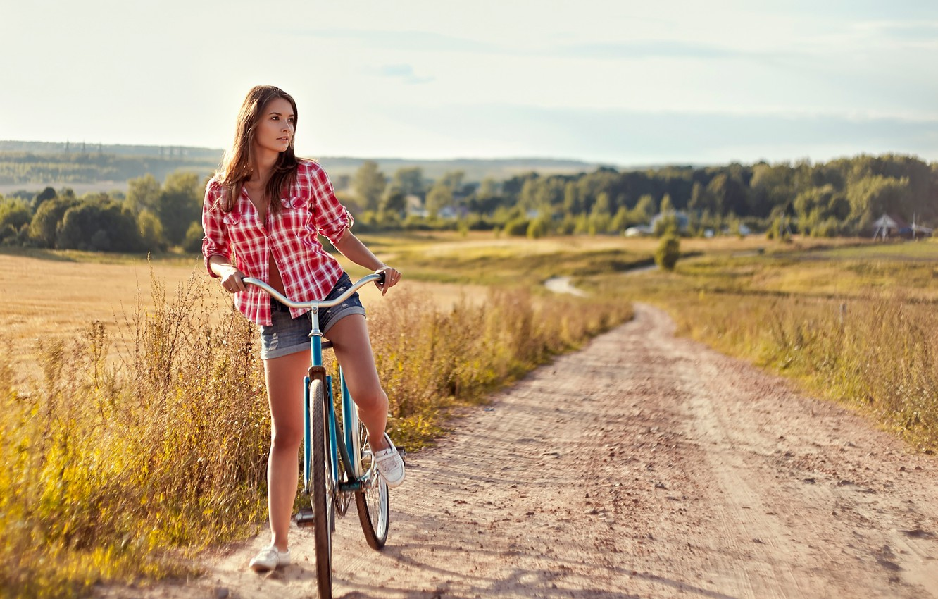 Photo wallpaper summer, bike, shorts, cell, shirt, on the road