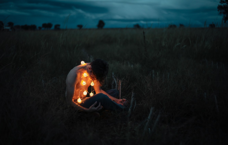 Photo wallpaper lights, storm, man, darkness