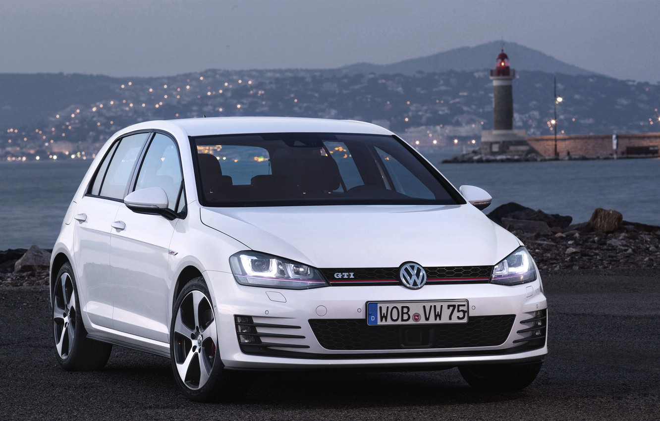 Photo wallpaper Sea, The evening, Auto, White, Lighthouse, Volkswagen, Machine, Lights, Golf, GTI, The front