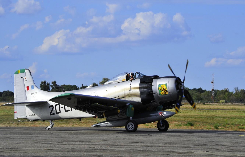 Photo wallpaper aviation, Douglas, Skyraider