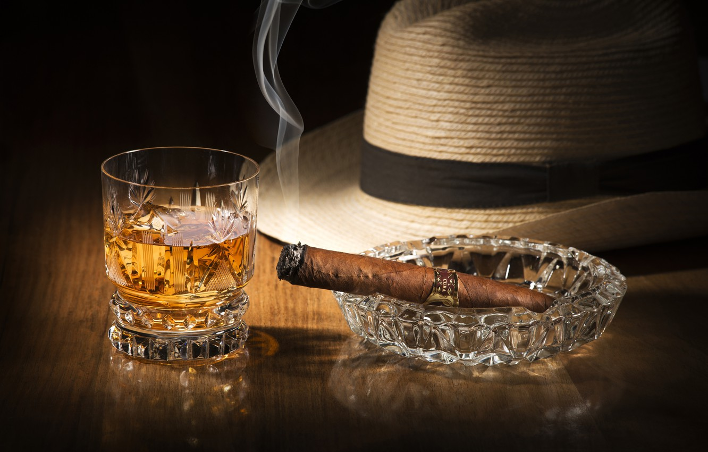 Photo wallpaper glass, smoke, hat, alcohol, cigar, drink, whiskey