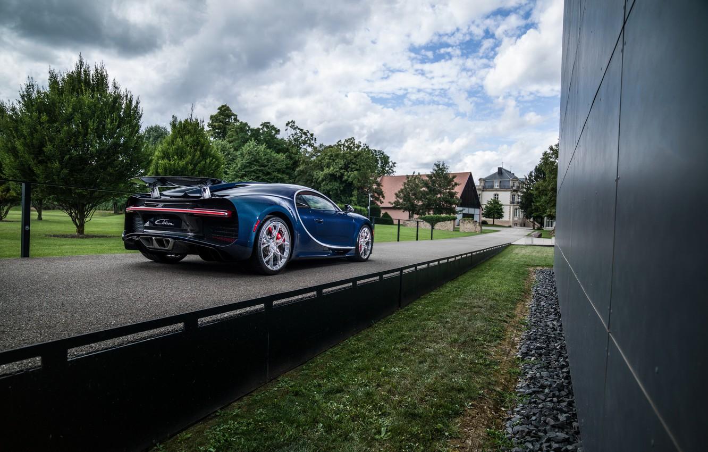 Photo wallpaper auto, the sky, trees, Bugatti, back, hypercar, Chiron