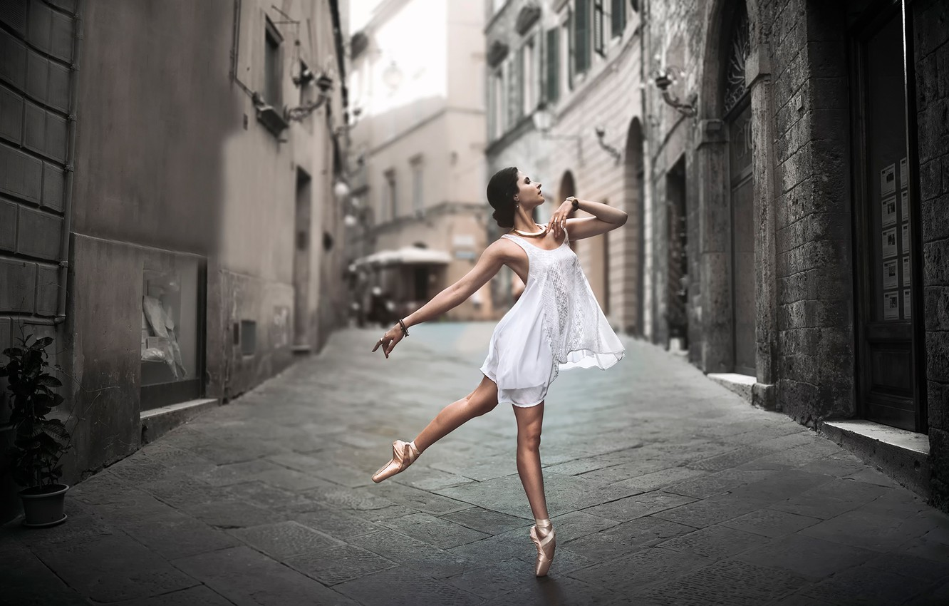 Wallpaper The City Street Dance Ballerina Ballet Pointe Shoes Images For Desktop Section Devushki Download