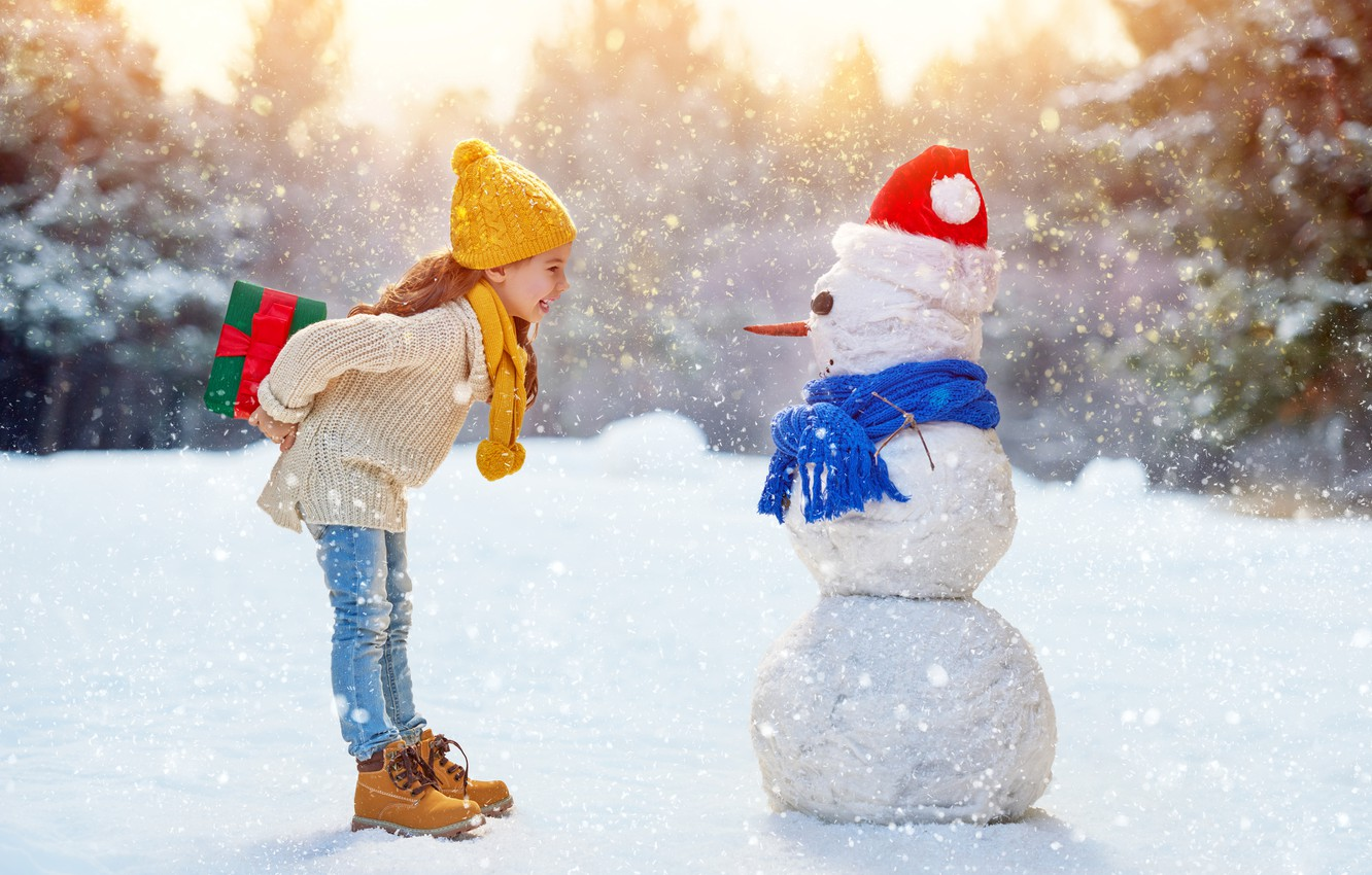 Photo wallpaper mood, Winter, Snow, scarf, Children, Jeans, Girl, New year, Sweater, cap, Gifts, Snowman, Caps