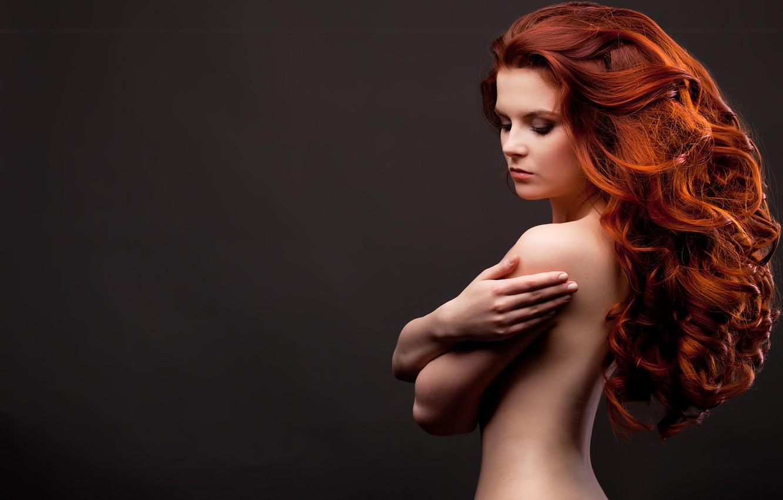Photo wallpaper look, background, back, hands, makeup, girl. model, red. curls