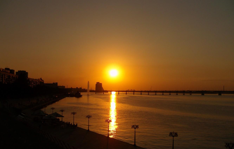 Photo wallpaper the sun, sunset, bridge, the city, glare, reflection, river, the evening, lights, gold, Ukraine, promenade, …