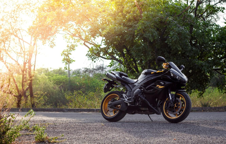 Photo wallpaper the sun, trees, motorcycle, black, black, yamaha, bike, Yamaha, yzf-r1