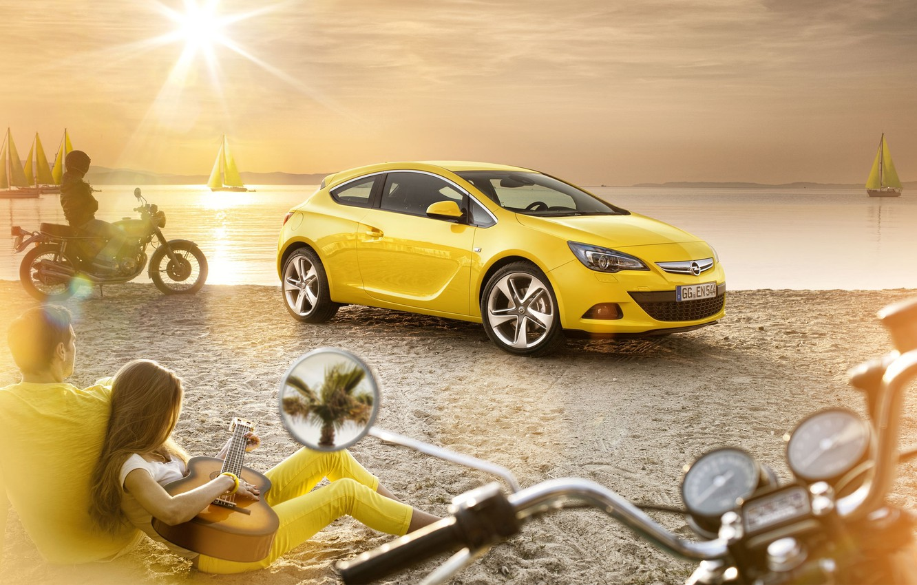 Photo wallpaper OPEL, BEACH, HORIZON, SAND, The SUN, GUITAR, YELLOW, COLOR, STAY, SAILS, LIGHT, PEOPLE, SHORE, RAYS, …