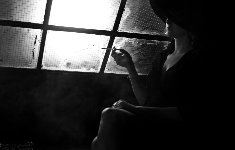 Wallpaper Light Woman Smoke Black And White Window