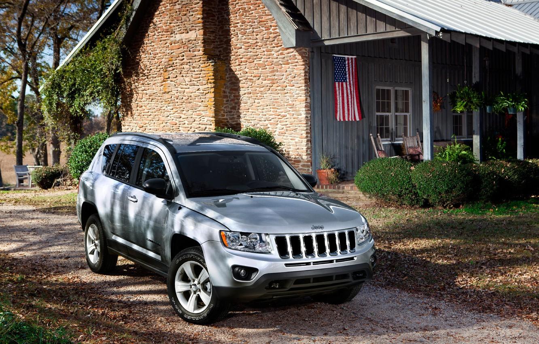 Photo wallpaper house, yard, jeep, SUV, car, jeep-compass