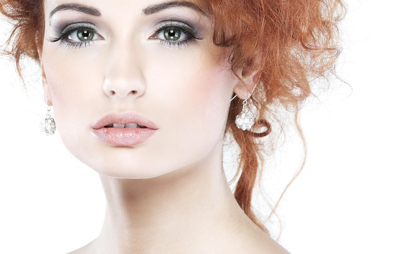 Photo wallpaper eyes, look, girl, face, background, model, hair, earrings, makeup, lips, shadows, red