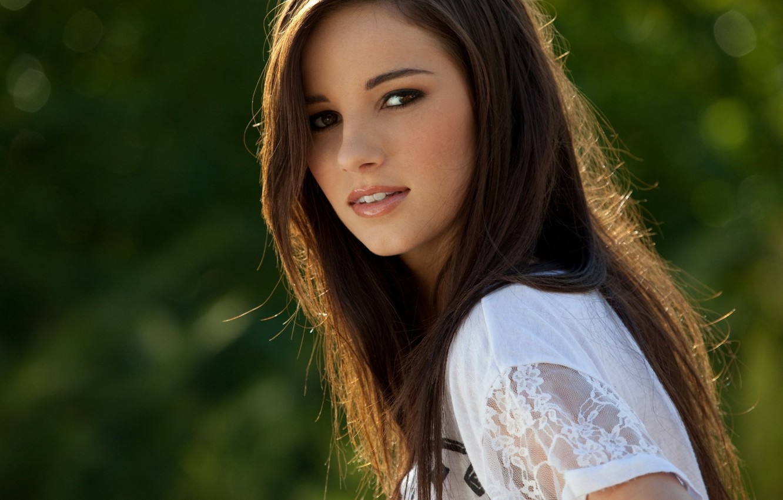 Photo wallpaper greens, look, girl, brown hair, bokeh, Madison Morgan