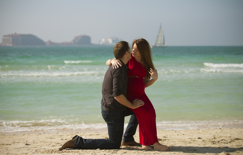 Photo wallpaper sand, sea, beach, girl, love, sailboat, guy, landscape., the young man